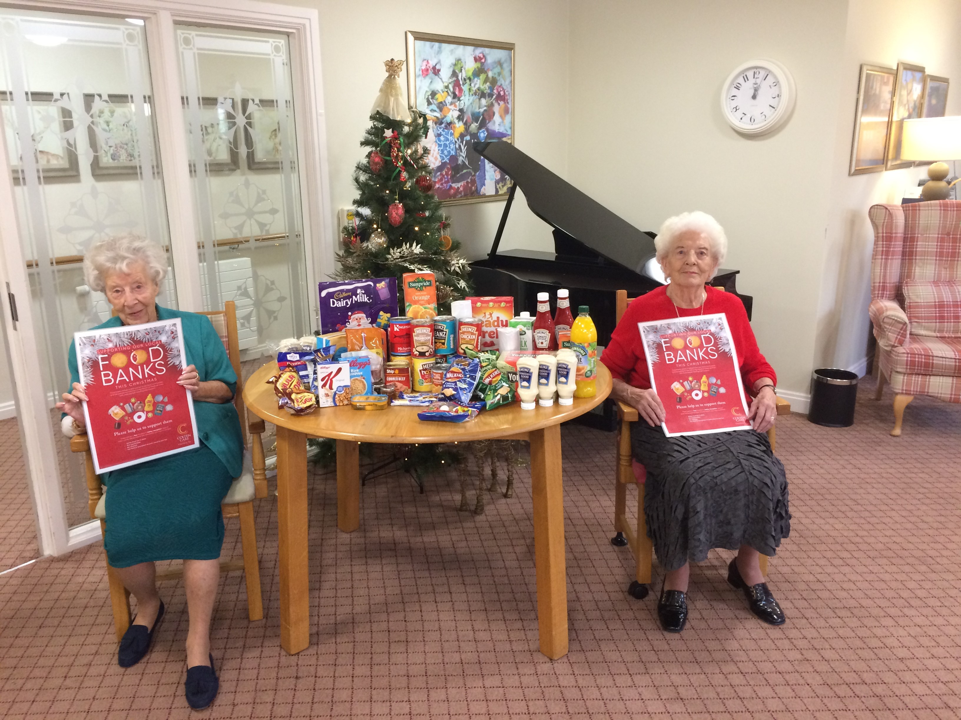 14.12.2020 Joan Malcolm and rose foodbank2 (002)