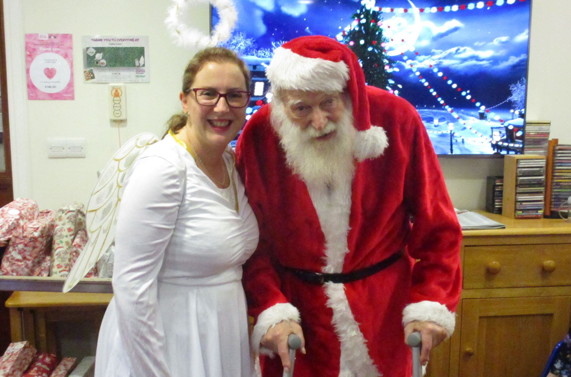 father christmas comes to visit2018 AC