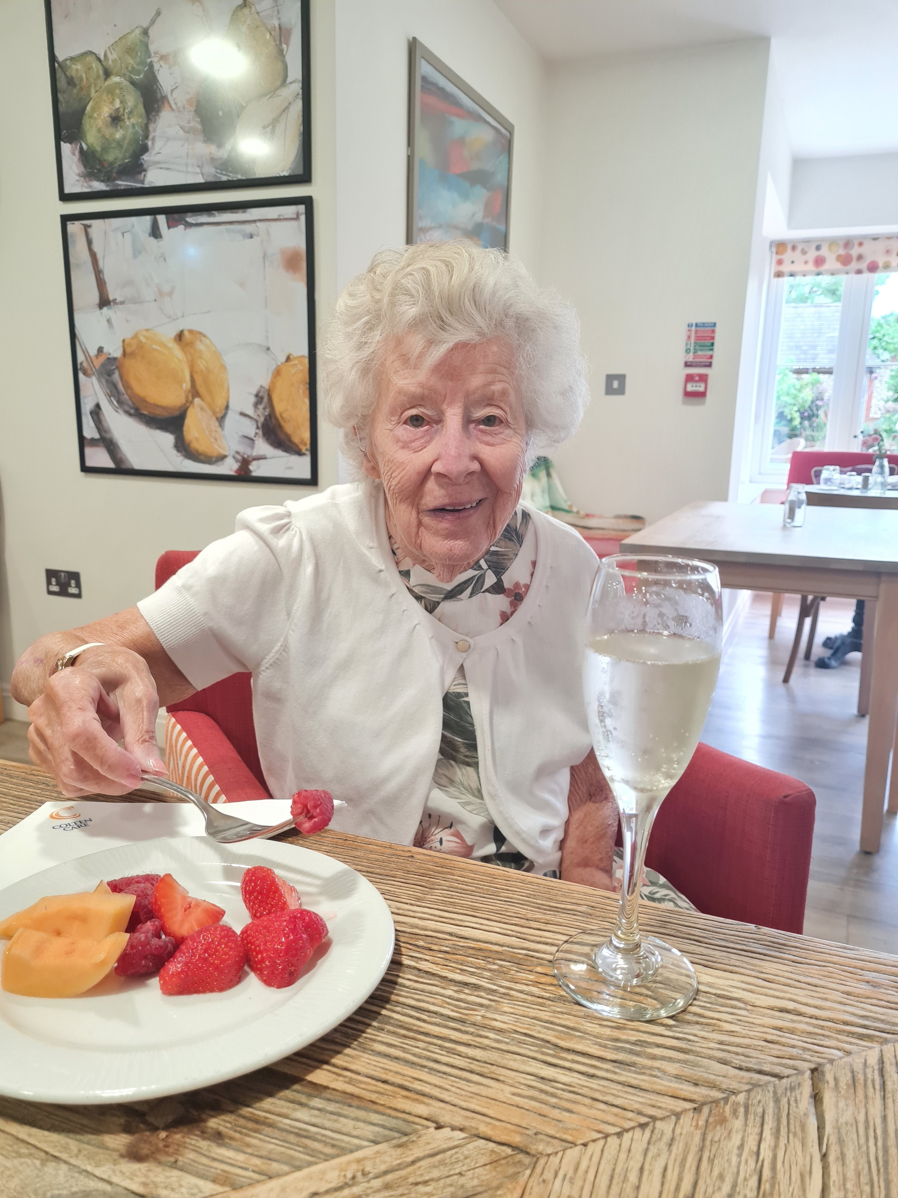 24.7.21 - Fruit and Fizz Joan Malcolm (002)