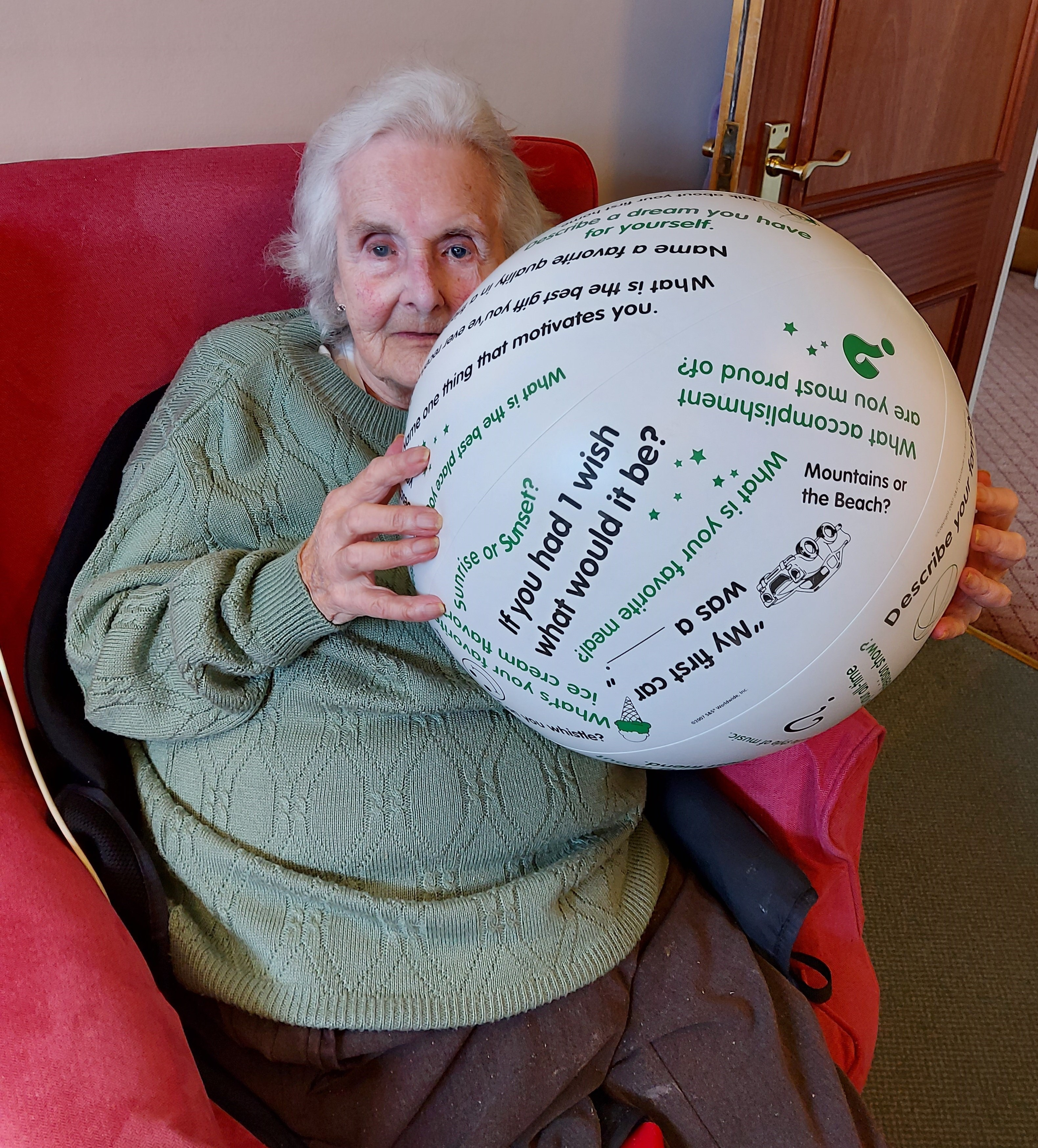 Doreen and the Activity Ball (002)